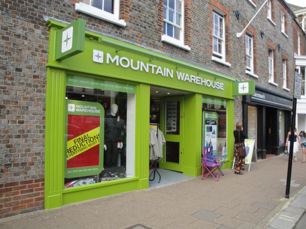 Mountain Warehouse to further expand into Canada