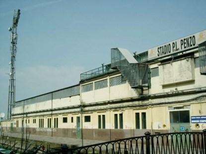 Stadio Pierluigi Penzo Venezia-outside1.jpg