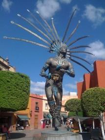File El Danzante Escultura De Juan Velasco Ubicada En