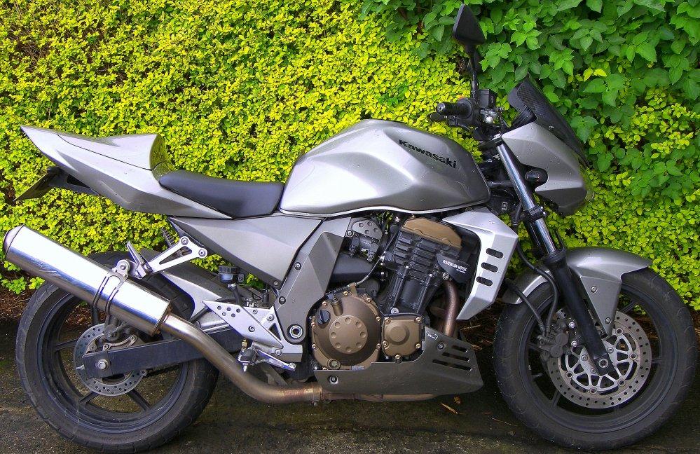 medium resolution of 2005 z750