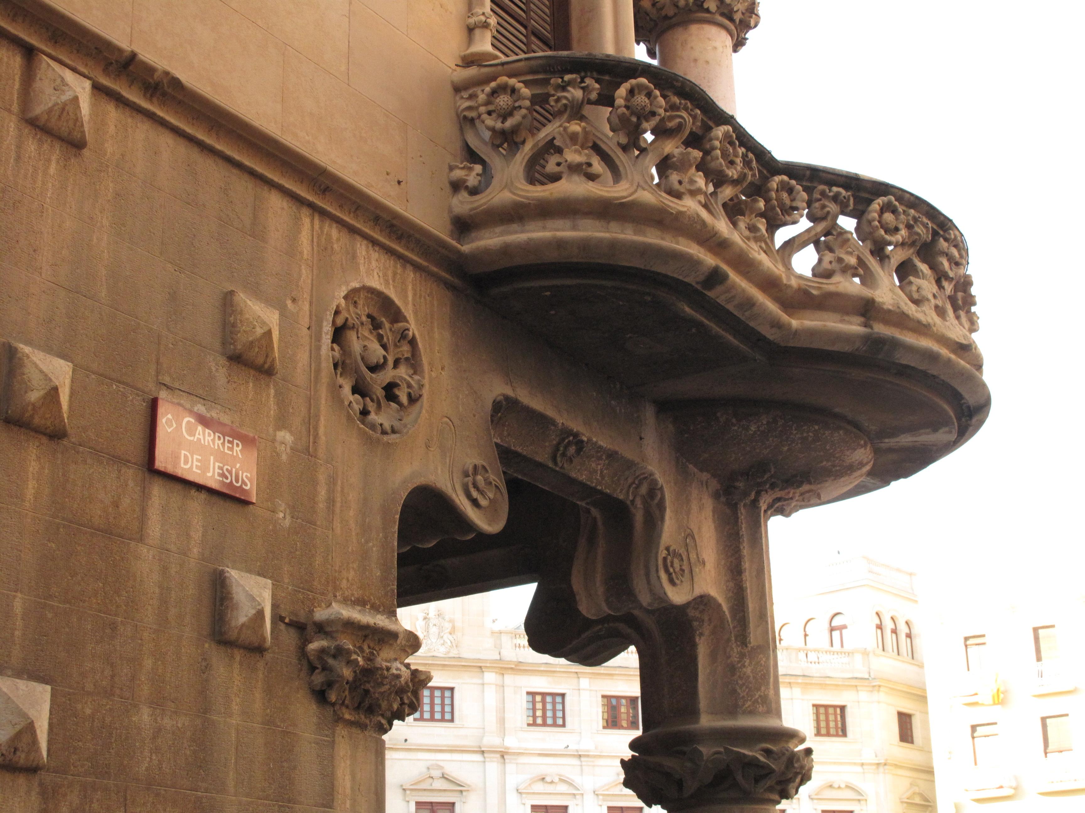 File199 Casa Navs de Domnech i Montaner balcjpg