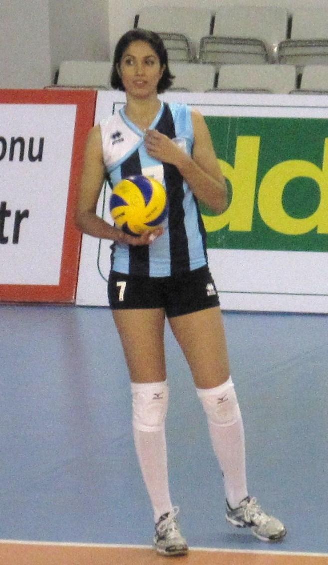 Hlya Cmert  Wikipdia