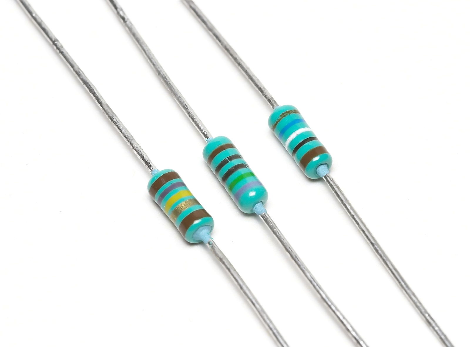 hight resolution of resistors with wire leads for through hole mounting