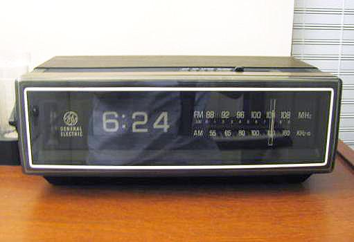 Technologies Debuts Digital Alarm Clock Radio – Fondos de Pantalla