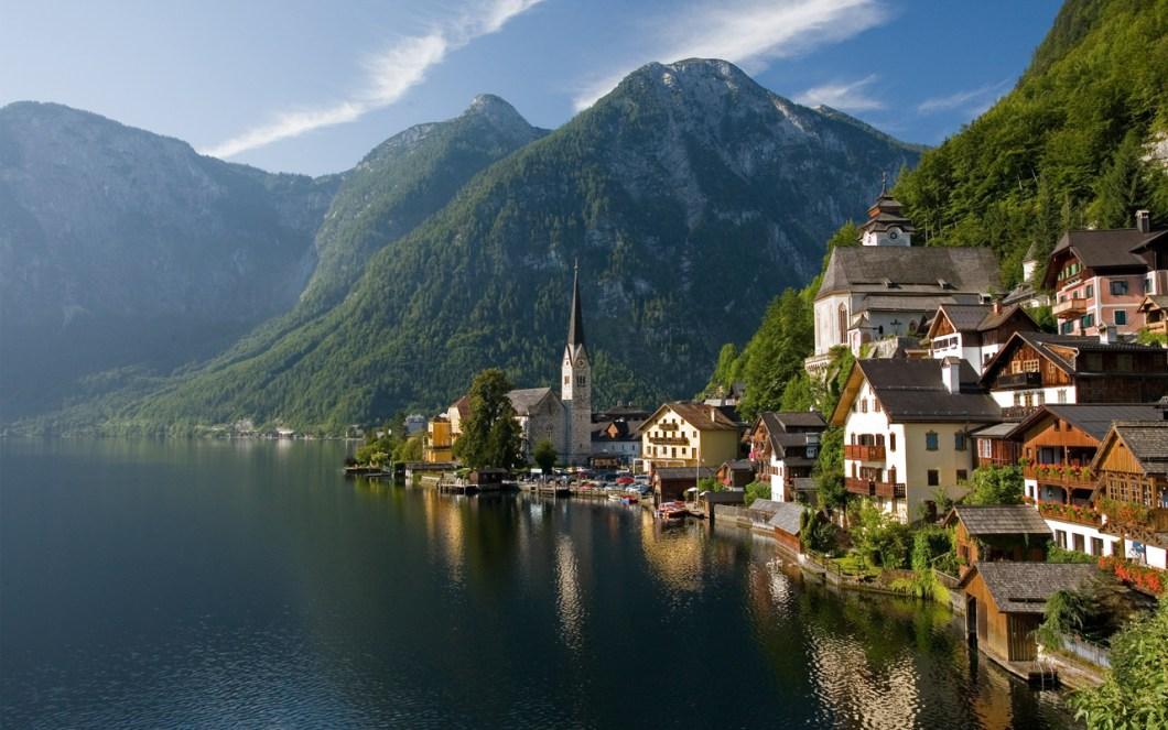 Hallstattersee lake, Austria