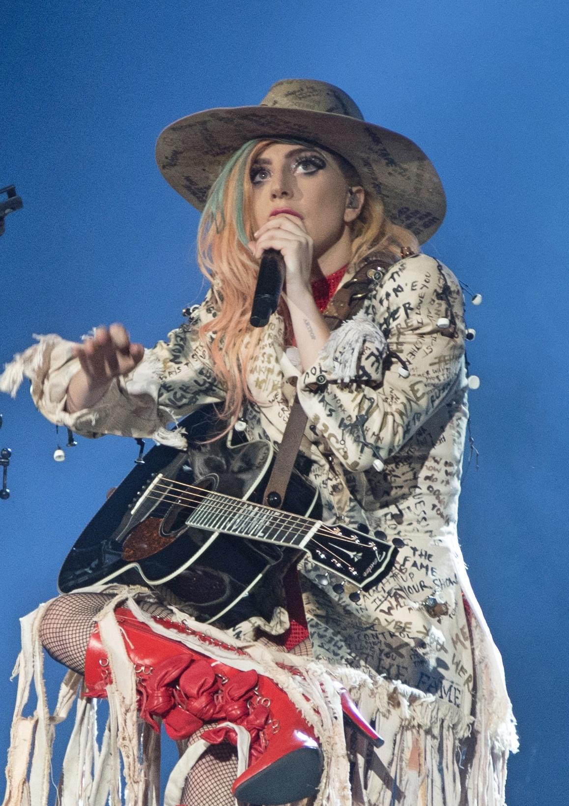 Lady Gaga Million Reasons Meaning : million, reasons, meaning, Joanne, (album), Wikipedia