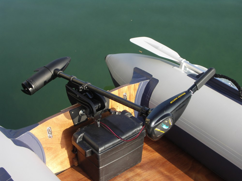 medium resolution of trolling motor for pontoon boat pictures
