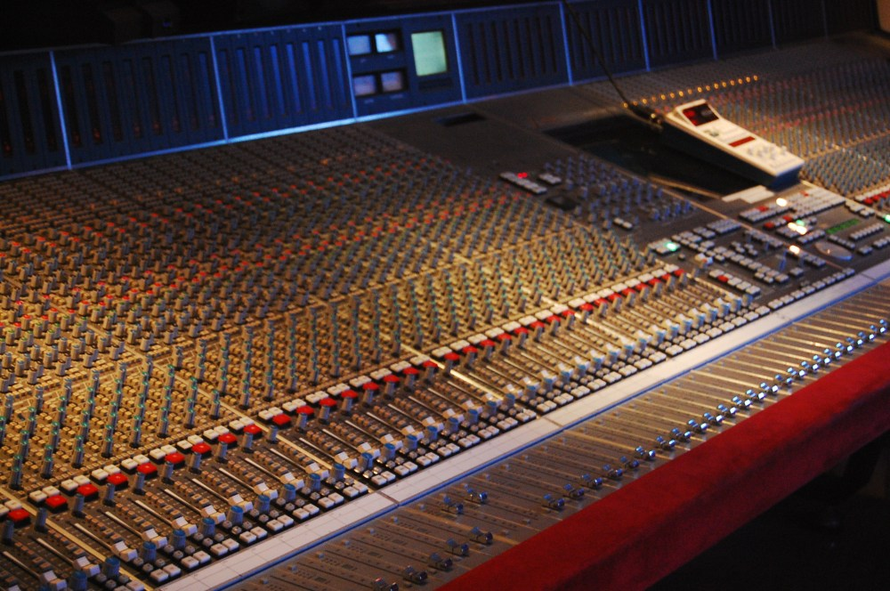 medium resolution of mixing console