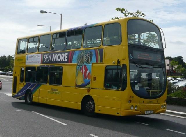 File:Transdev Yellow Buses 185.JPG - Wikipedia
