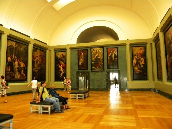 File Louvre Museum Hall Maria De Medici - 24 Paintings Rubens Wikimedia Commons