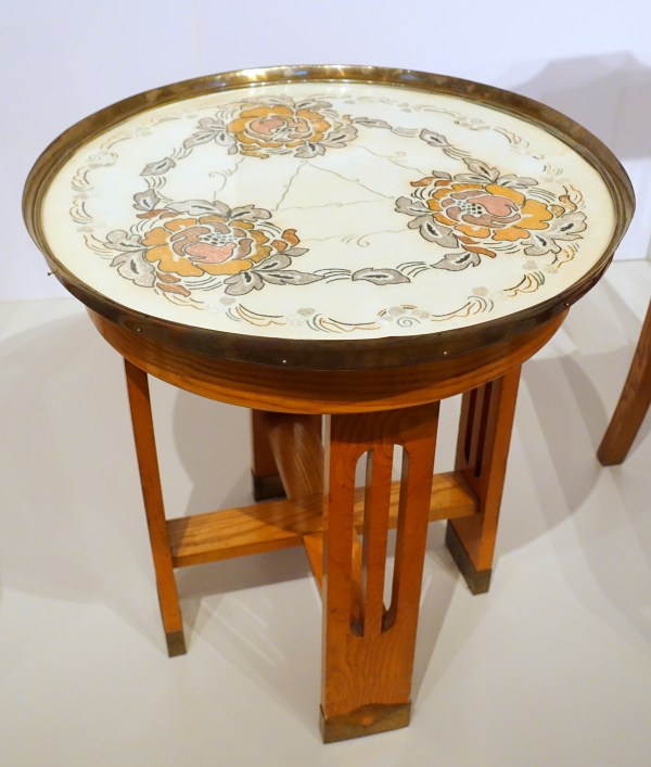 File Table With Art Nouveau Embroidery Lindell'