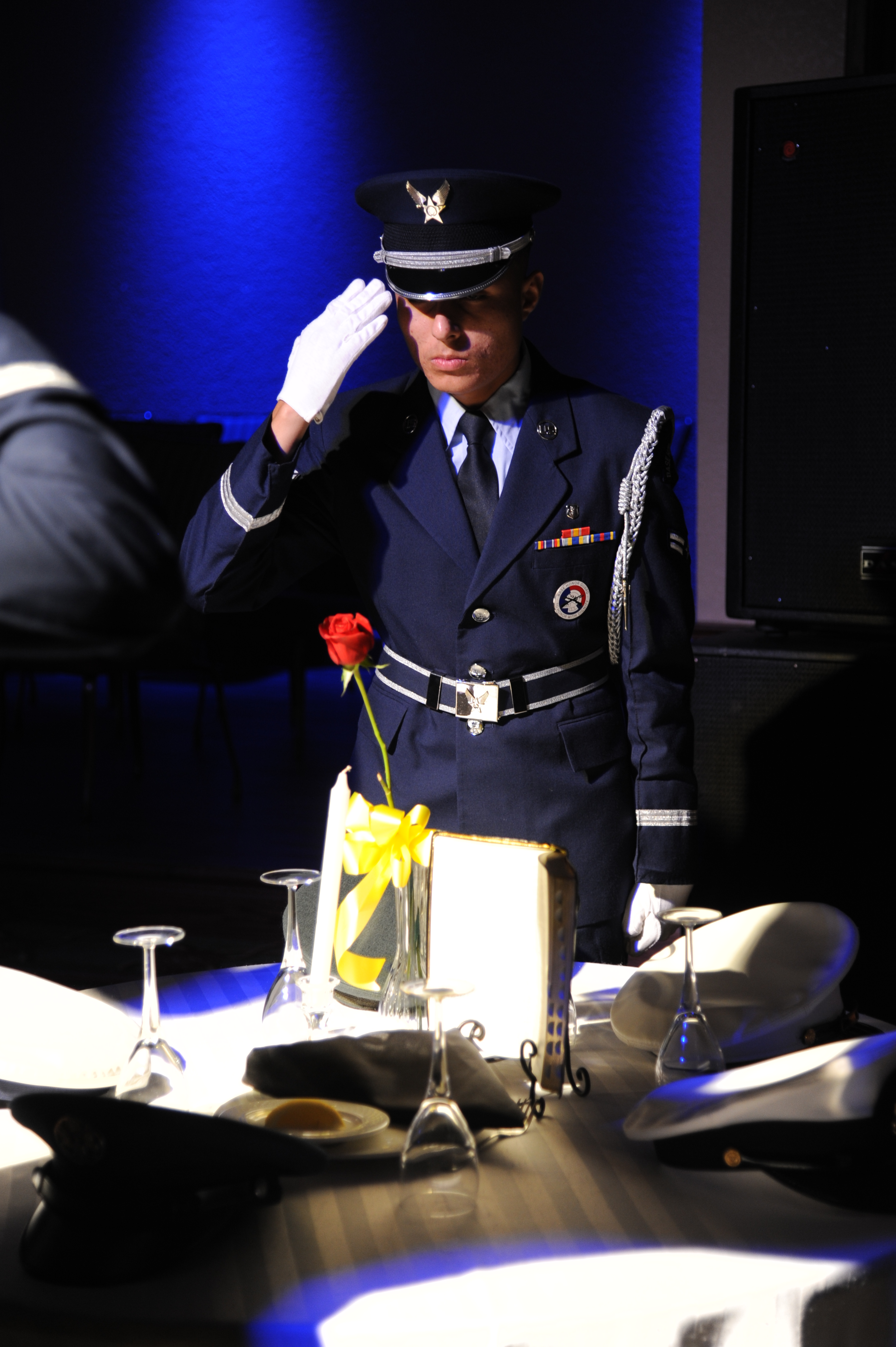 FileUS Air Force Airman 1st Class Pedro Ayala with the Keesler Air Force Base Honor Guard