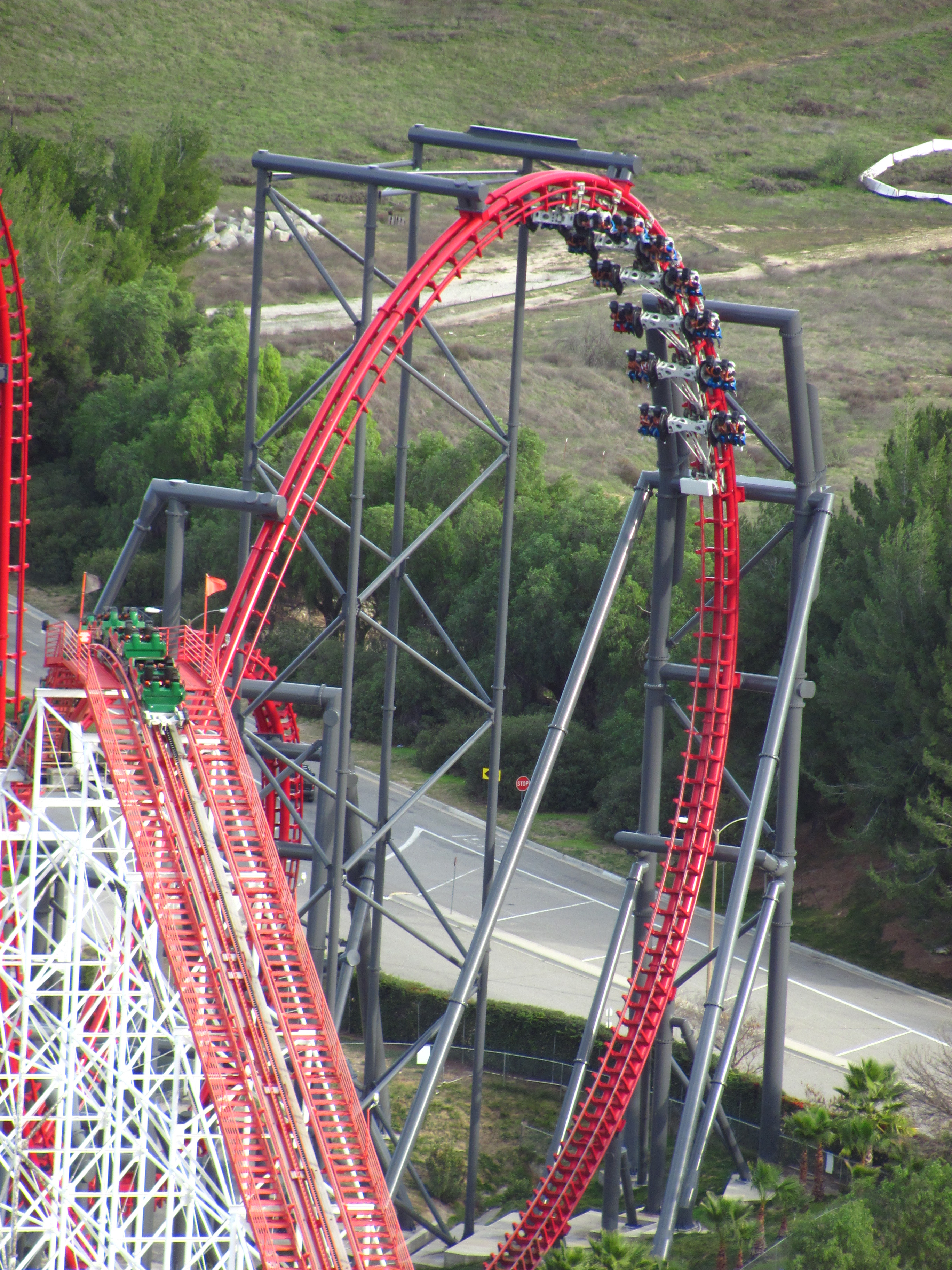 Assemble and display your favorite miniature replica coasters from six flags. File X2 At Six Flags Magic Mountain 26 Jpg Wikimedia Commons