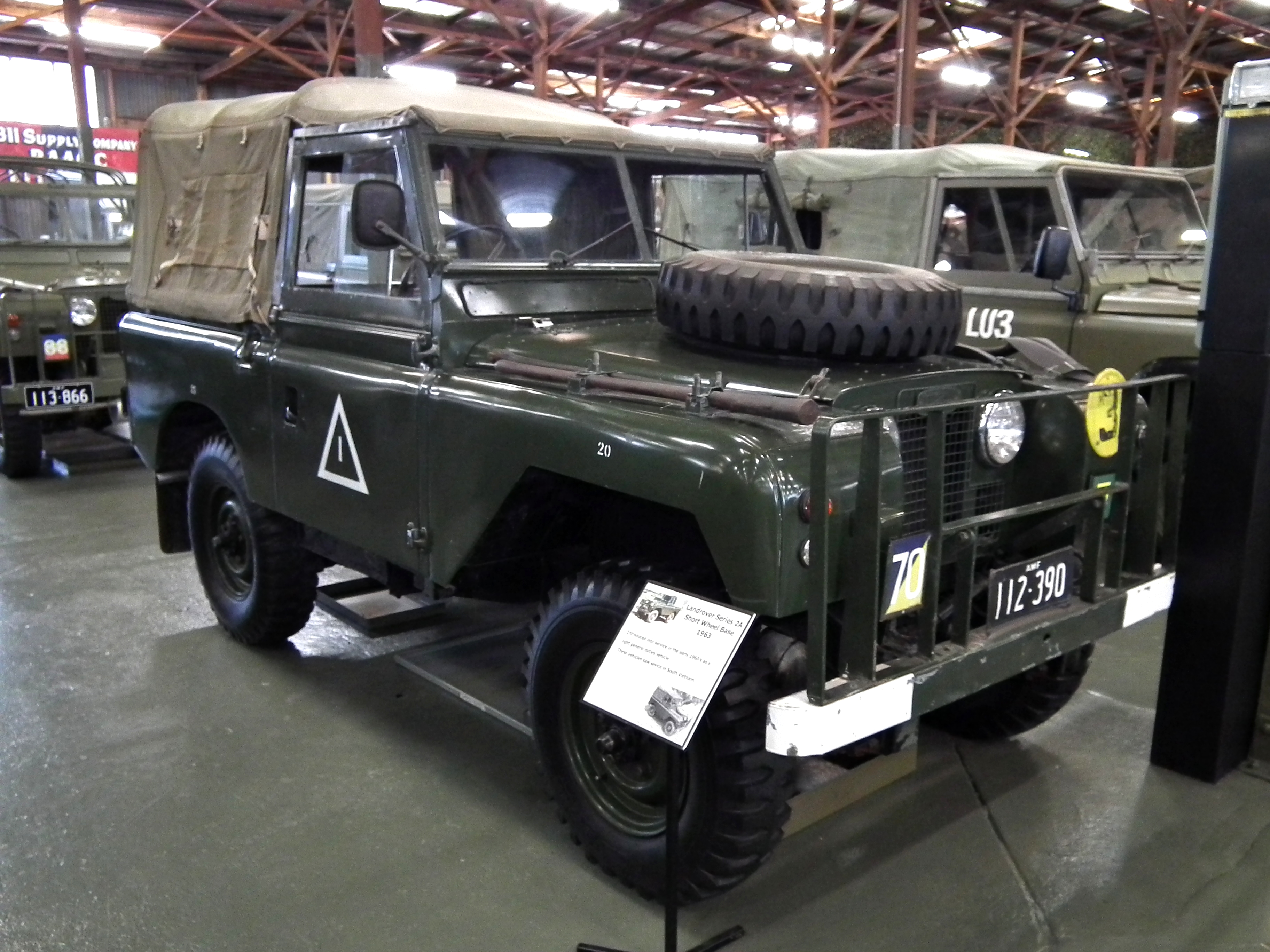 File 1963 Land Rover Series 2A SWB Wikimedia