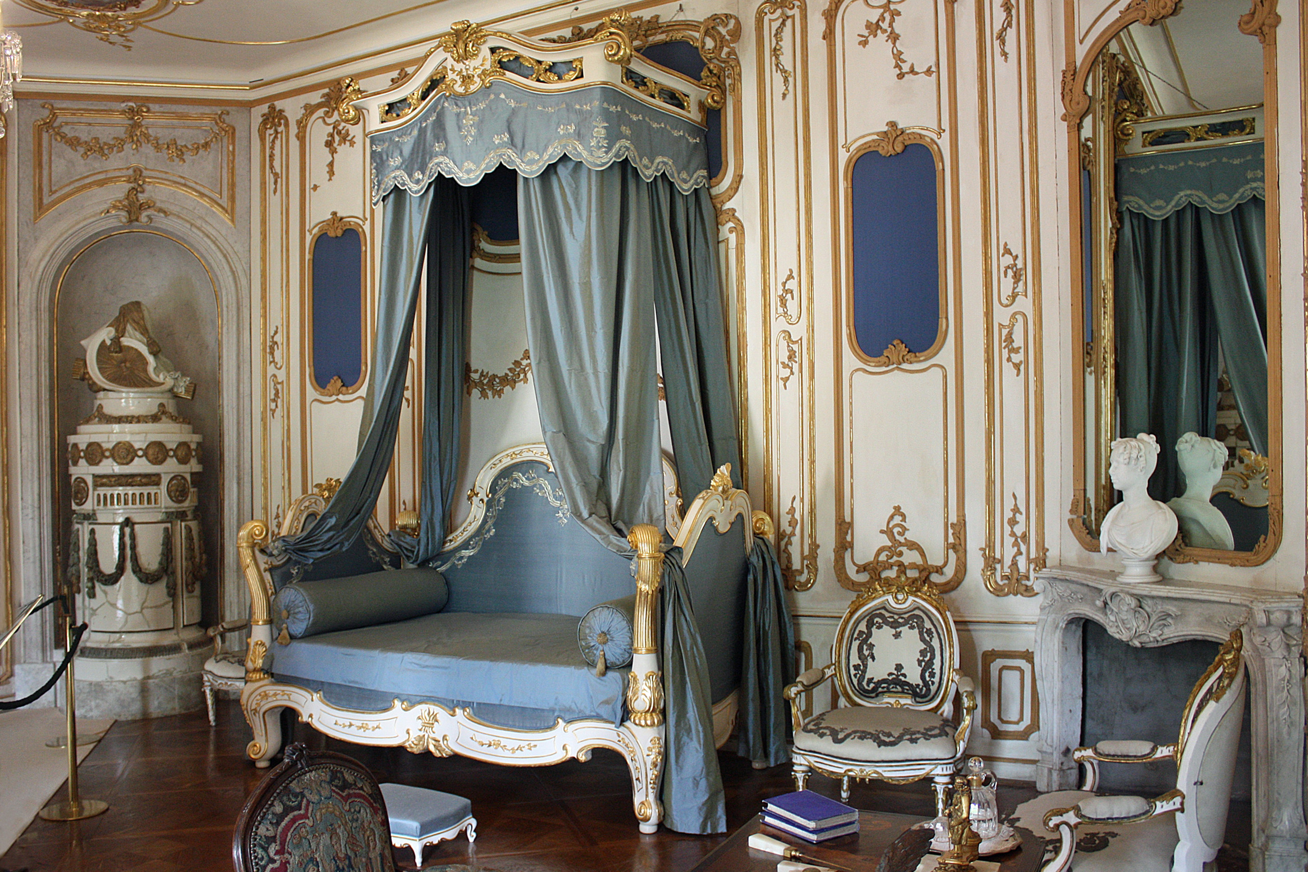 FileFertd Chteau Esterhaza Bedroom Of The PrinceJPG
