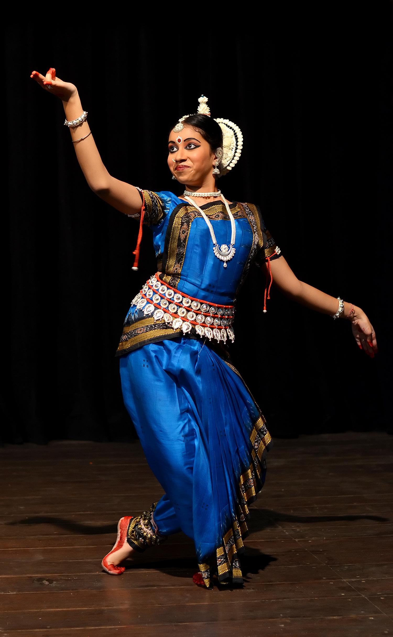 Gambar Tarian India : gambar, tarian, india, Tarian, Odissi, Wikipedia, Bahasa, Melayu,, Ensiklopedia, Bebas