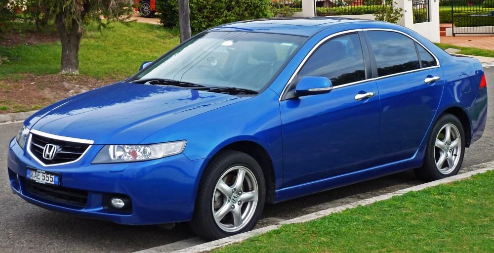 medium resolution of file 2003 2005 honda accord euro luxury sedan 2010 09 19 02 jpg