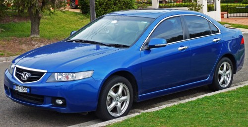 small resolution of file 2003 2005 honda accord euro luxury sedan 2010 09 19 02 jpg