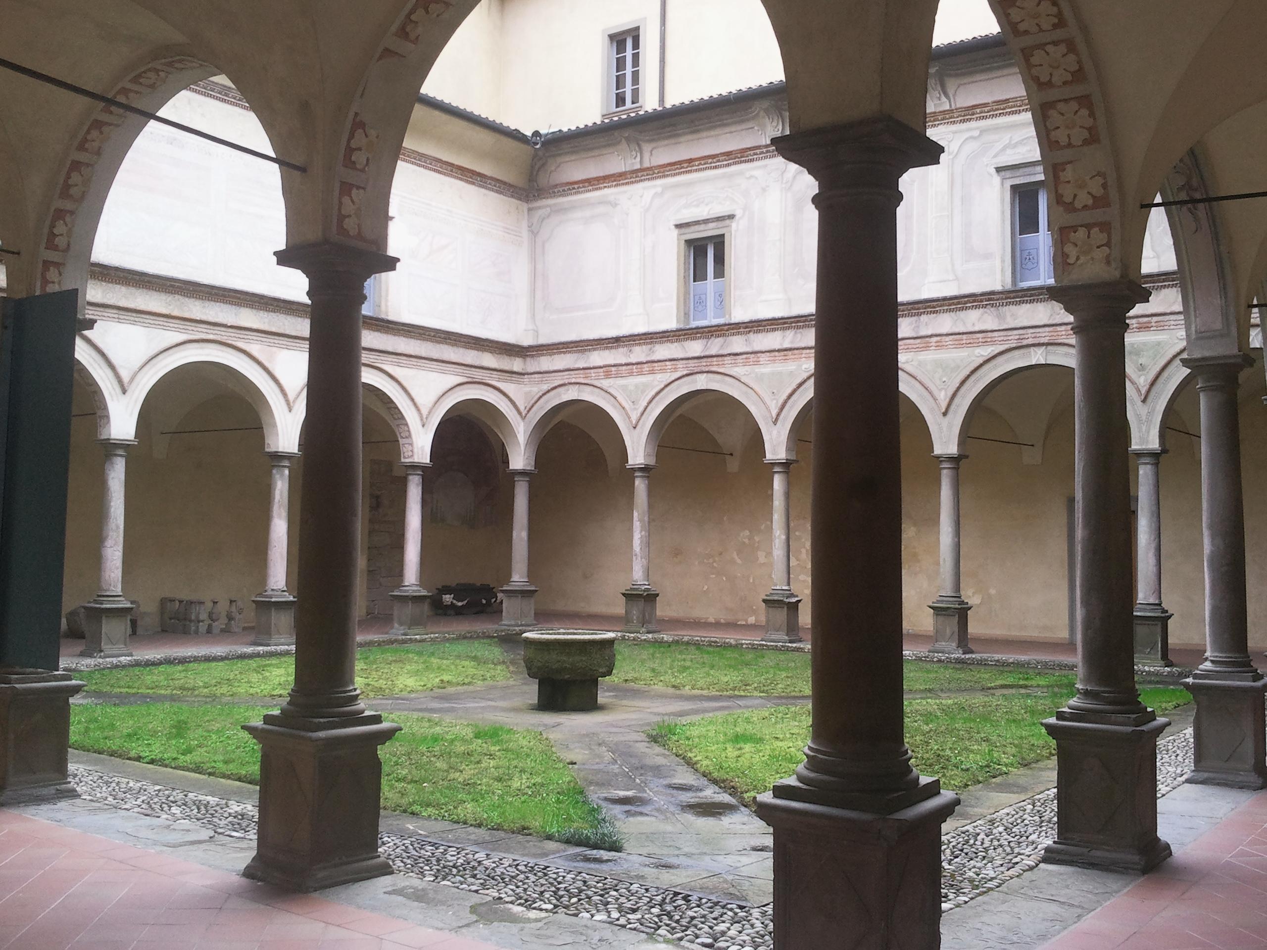 Filegiardino Interno Con Colonnato, Abbazia Di Pontida