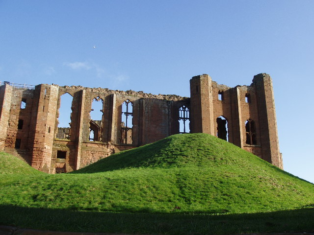 File:Ruins of Kenilworth Castle - geograph.org.uk - 78245.jpg