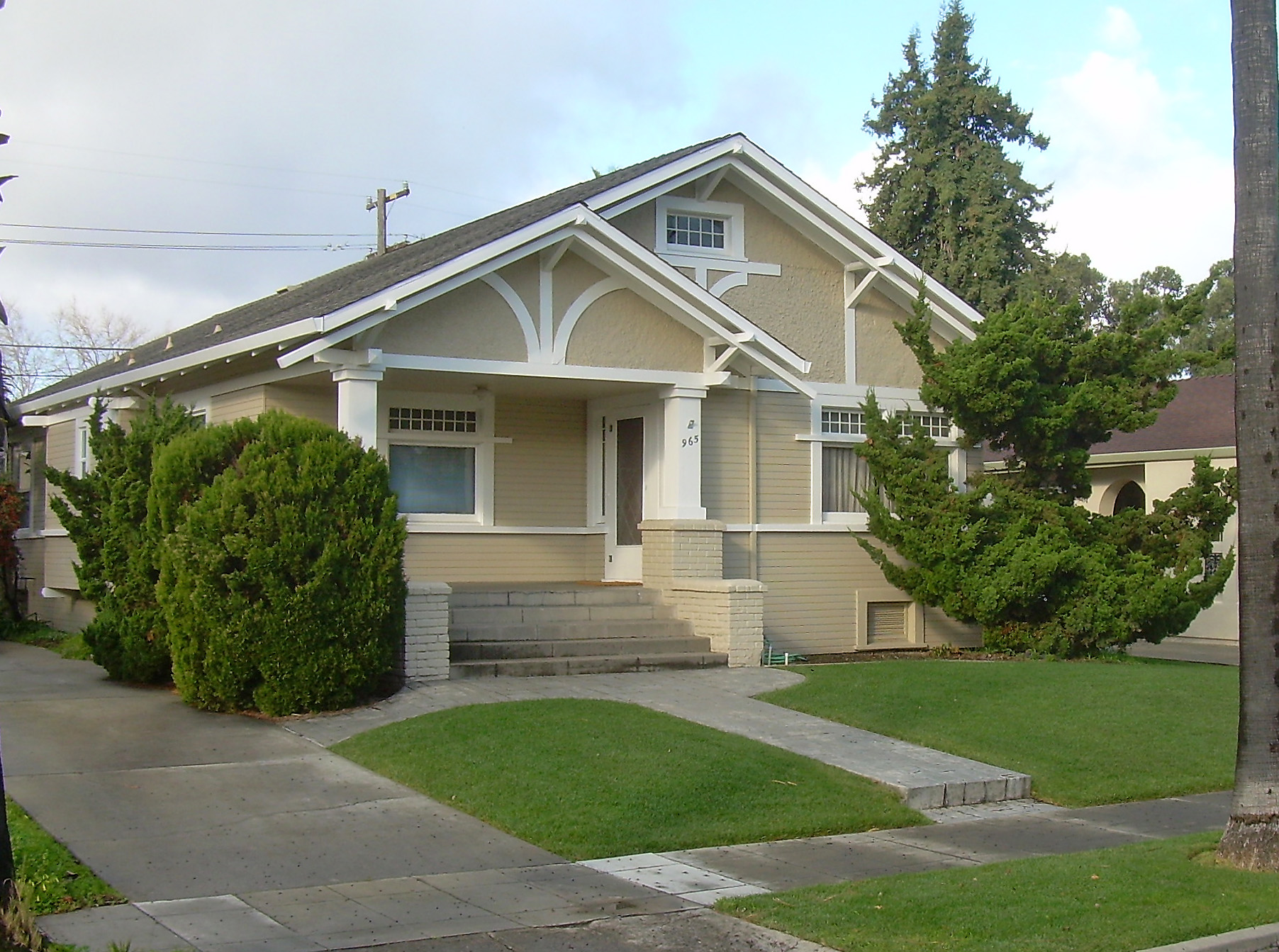 FileAmerican craftsman bungalow in San Jose Cajpg