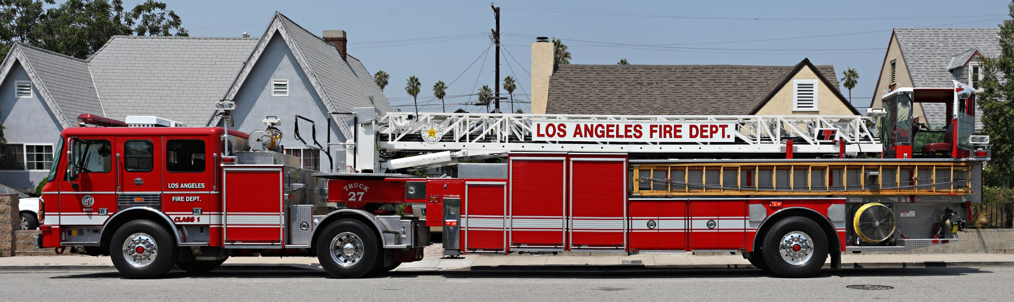hight resolution of tiller truck of the los angeles fire department manufactured by american lafrance