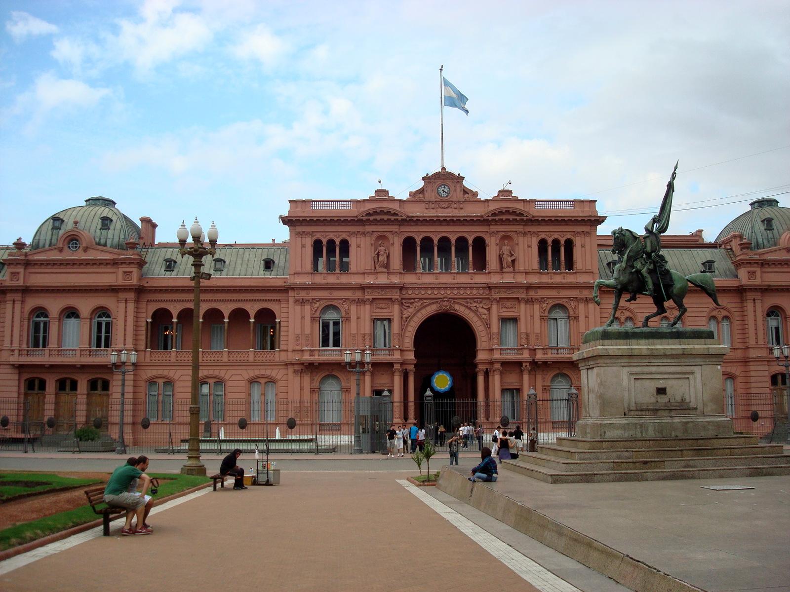 Casa Rosada In English