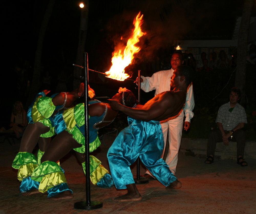 English: Limbo fire dancing.