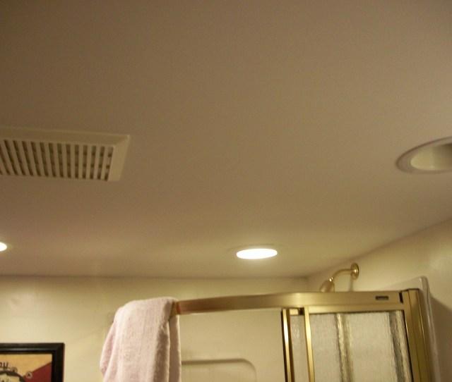 Filebathroom Ceiling With Vent Jpg