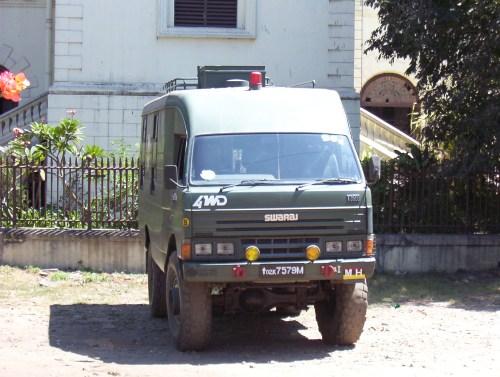 small resolution of file india army swarajt3500 2007 front jpg wikimedia commons wiring distributor 1990 mazda 323 mazda t