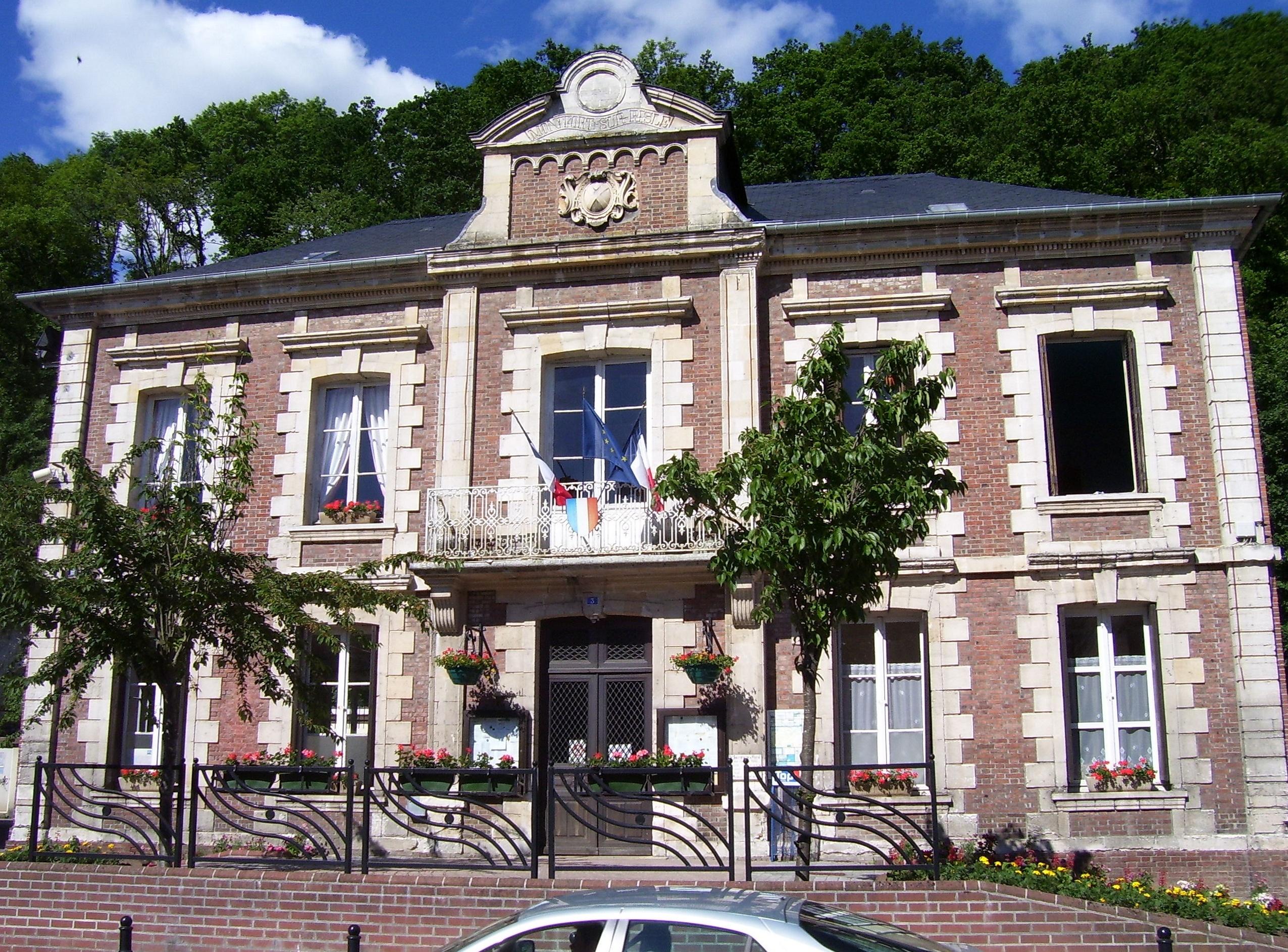mairie montfort-sur-risle