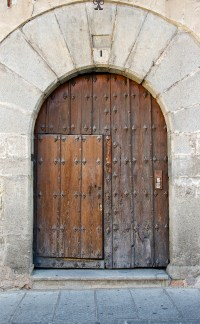 Wooden Doors: Old Wooden Doors