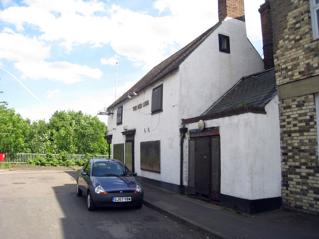 File:Red Lion Public House, High Street, Snodland, Kent - geograph