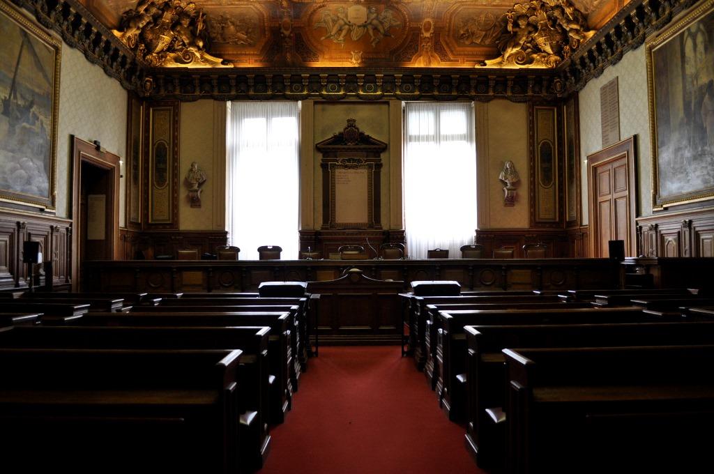FileTribunal de commerce de Paris grande salle daudianceJPG  Wikimedia Commons