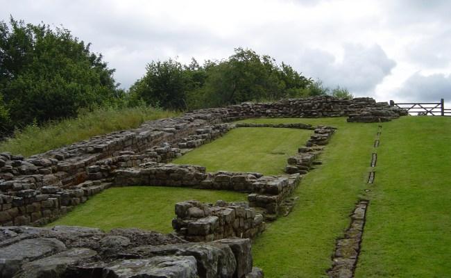 Hadrian S Wall Military Wiki Fandom Powered By Wikia