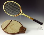 Tennis racket owned by Gerald R. Ford.JPG