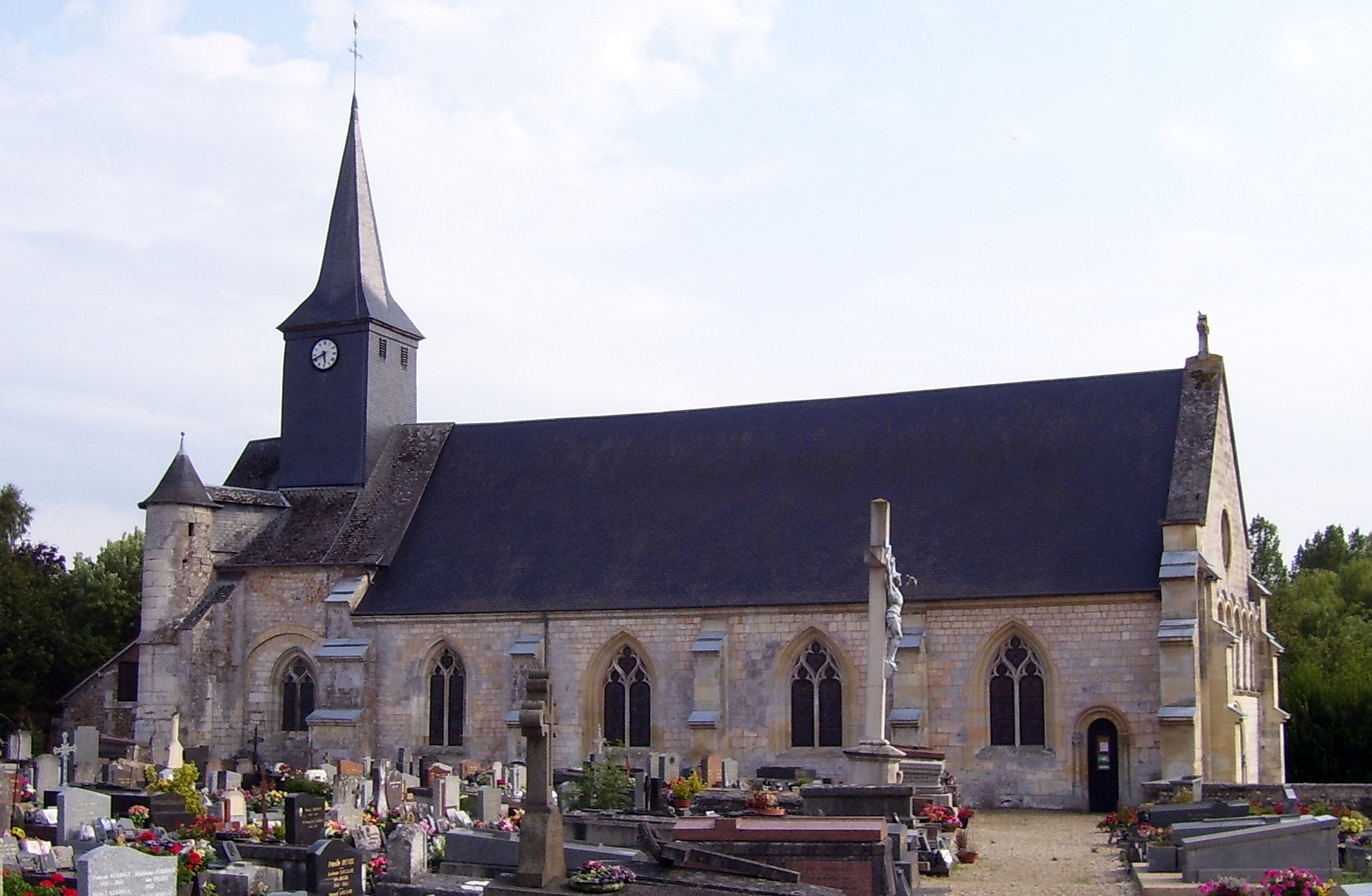 Kirche Notre-Dame in Corneville, eigenes Foto (auf commons), Lizenz:public domain/gemeinfrei