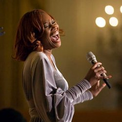 English: Singer Yolanda Adams performs at a re...