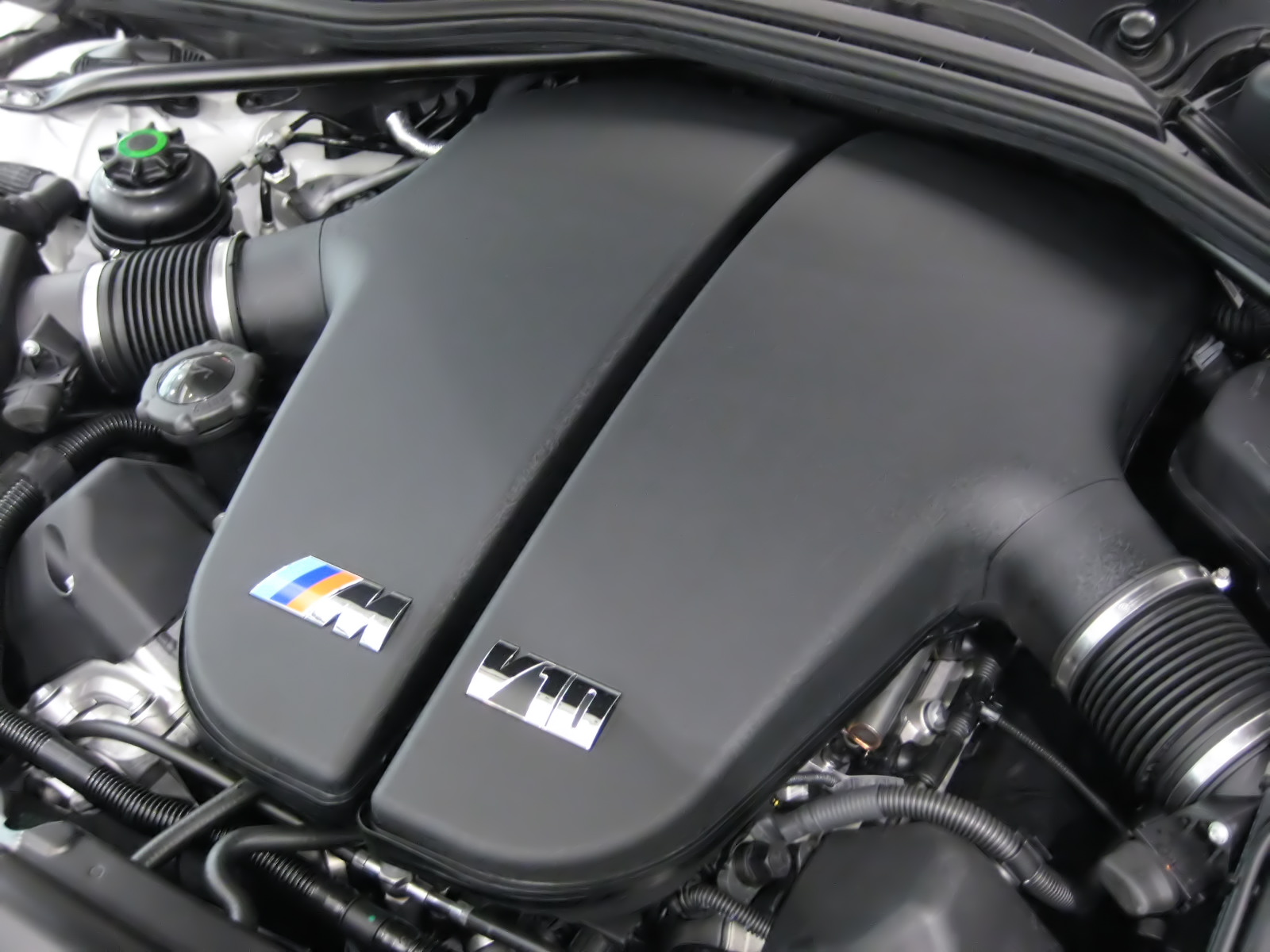 hight resolution of bmw s85