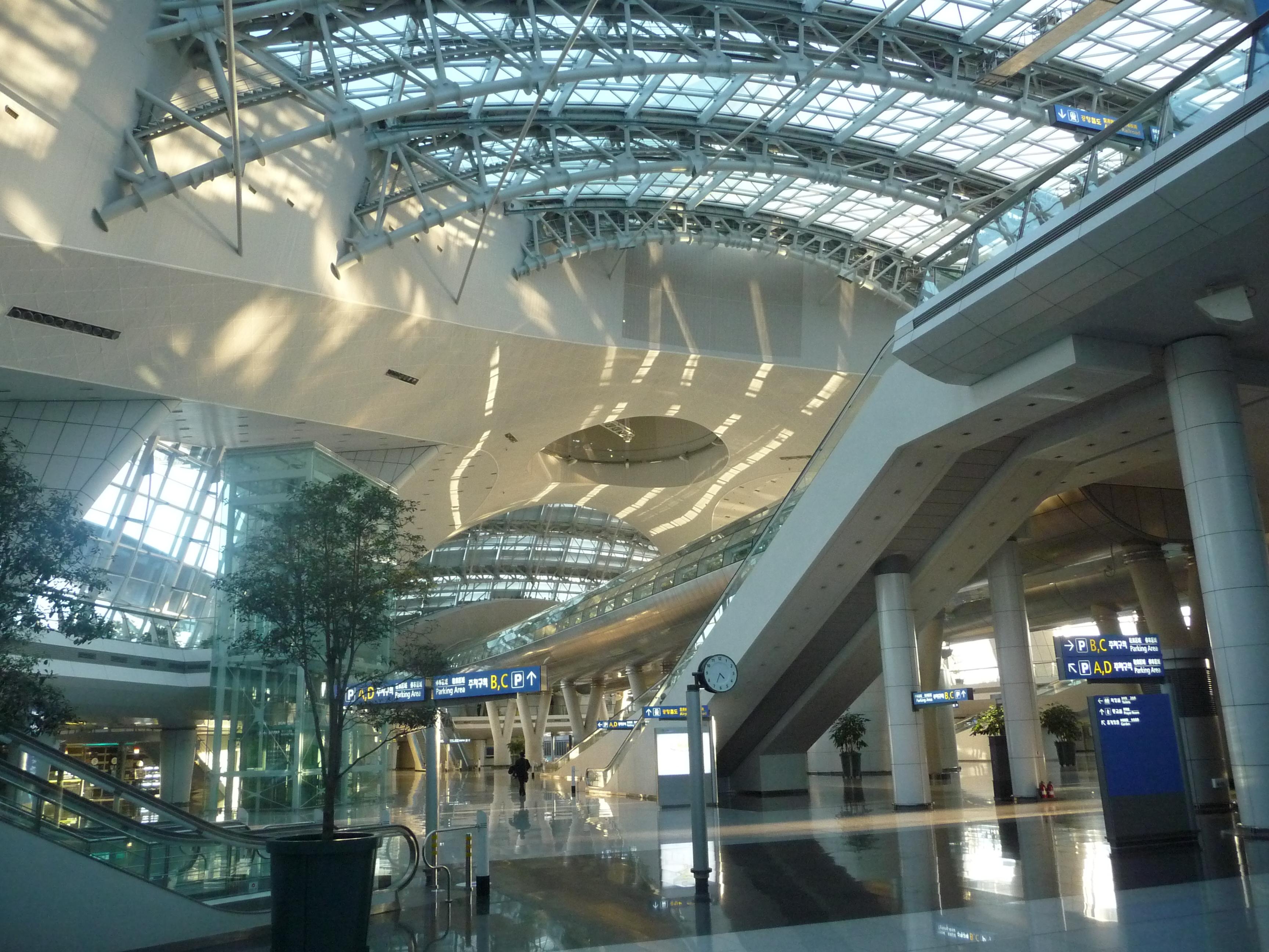 File:Incheon airport.jpg - Wikimedia Commons