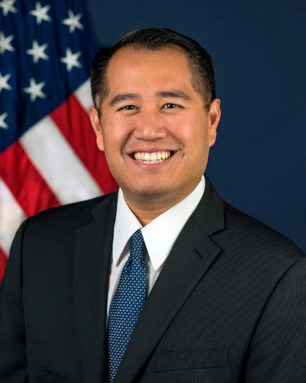 Derek Kan - Wikipedia