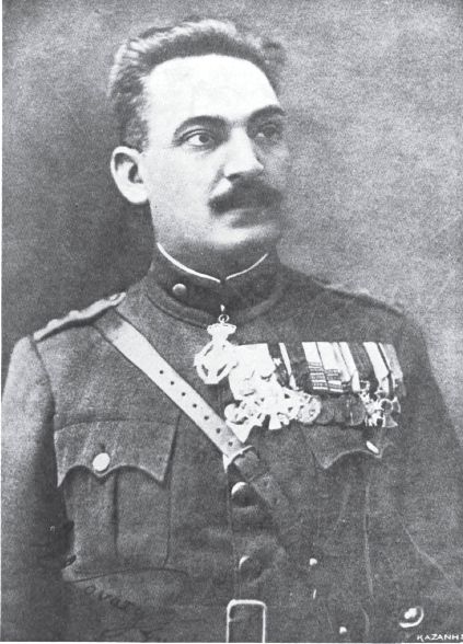 https://i0.wp.com/upload.wikimedia.org/wikipedia/commons/f/f1/Stylianos_Gonatas,_1922.png