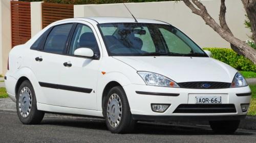 small resolution of file 2004 ford focus lr my03 cl sedan 2012 09 01 jpg