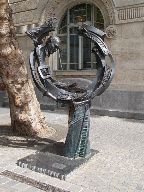 File Sculpture Liszt Academy. - Budapest District Vi. Ferenc Square