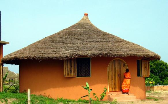 File:Cottage at Langma Beach, Ghana.jpg