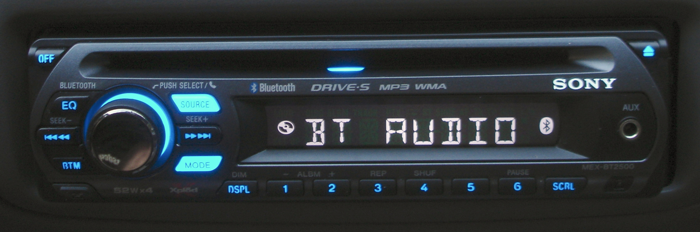 sony bluetooth car stereo wiring diagram gm trailer harness file:sony mex-bt2500 xplod head unit illuminated-2.jpg - wikimedia commons