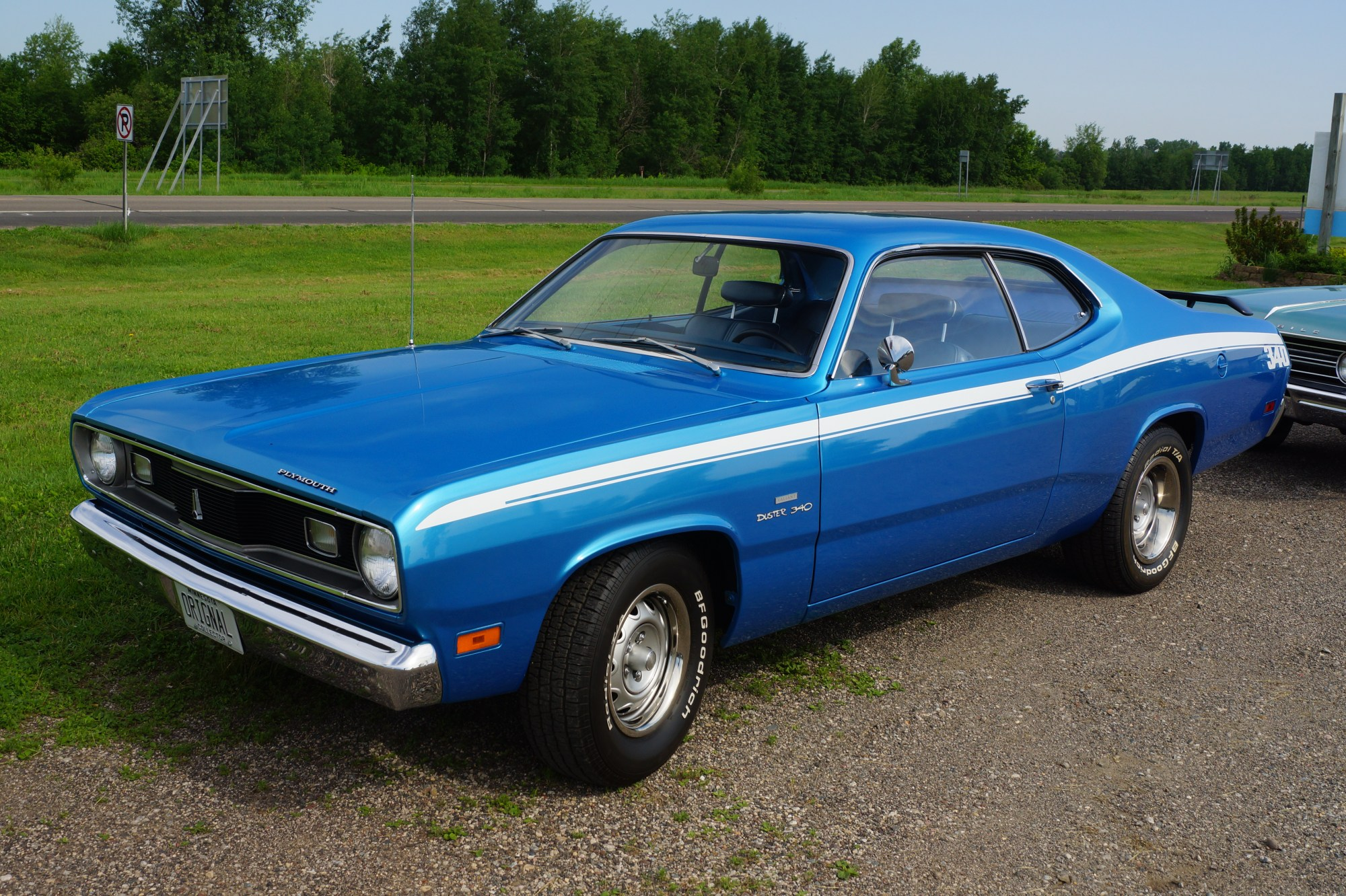 hight resolution of plymouth duster body
