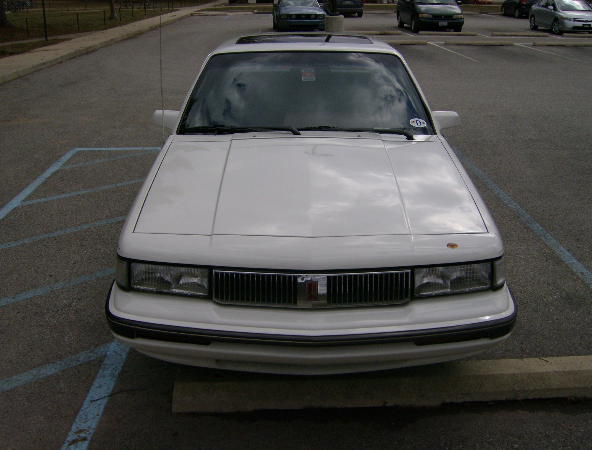 hight resolution of file front 1990 oldsmobile cutlass ciera jpg