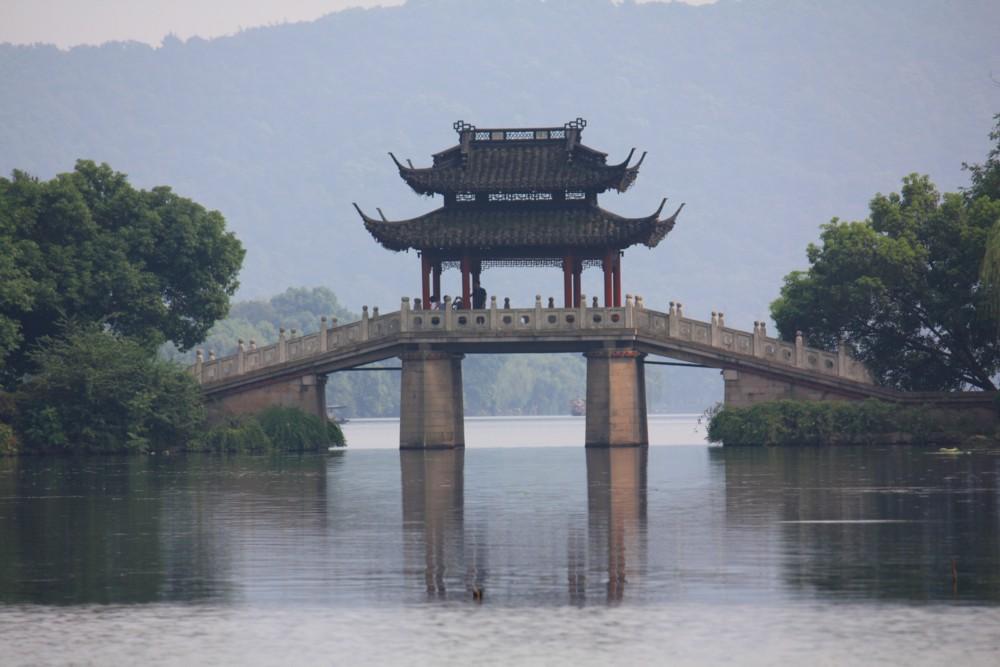 西湖(玉帯橋)