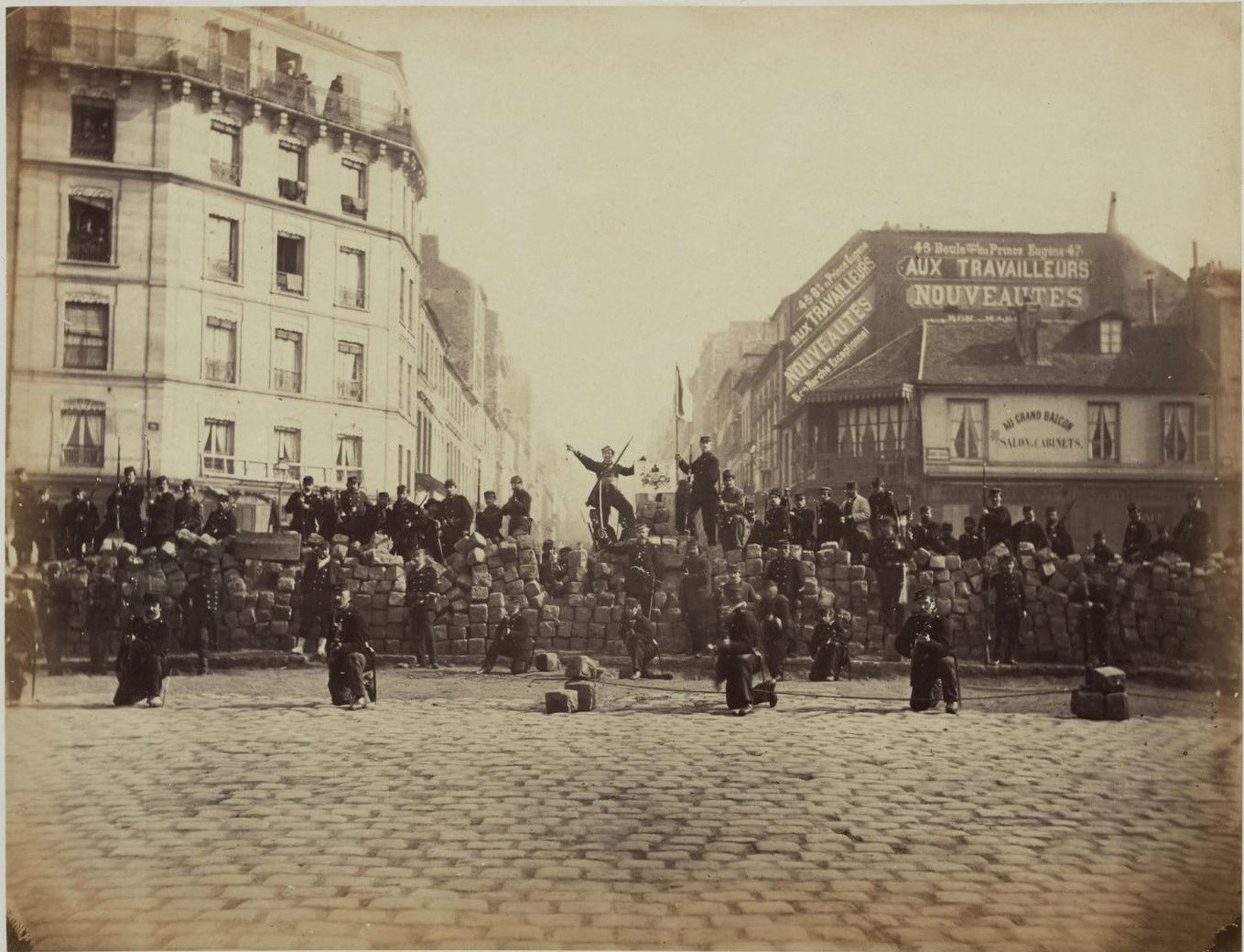 File:Barricade18March1871.jpg